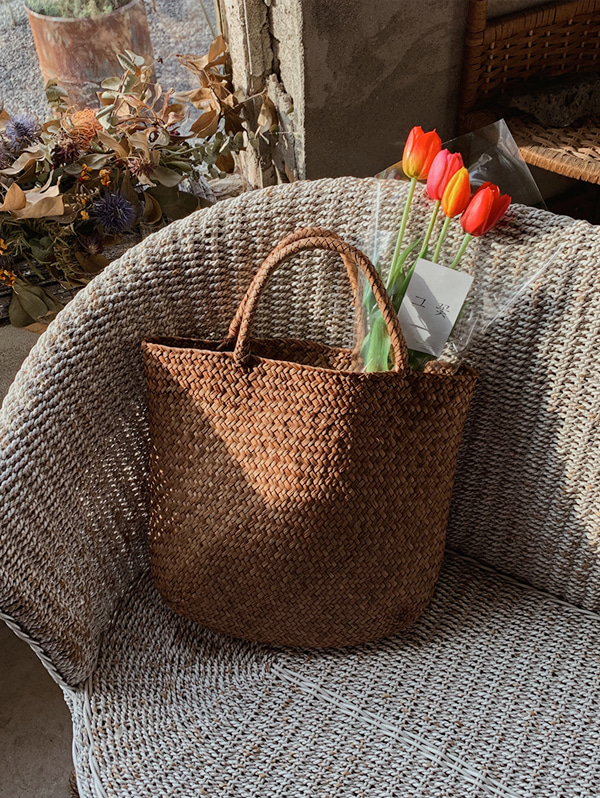 Rattan Shoulder Bag - one color