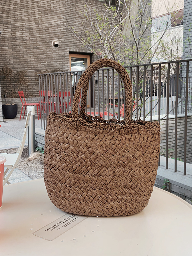 rattan tote bag - one color